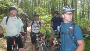 mountain-bikers-1